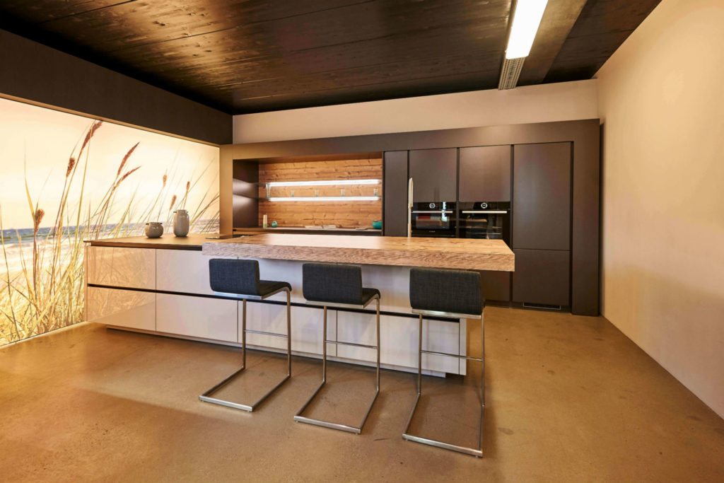 moderne küche mit bar: 6 ideen für eine bartheke aus holz, stein ... - Kchen Mit Holz