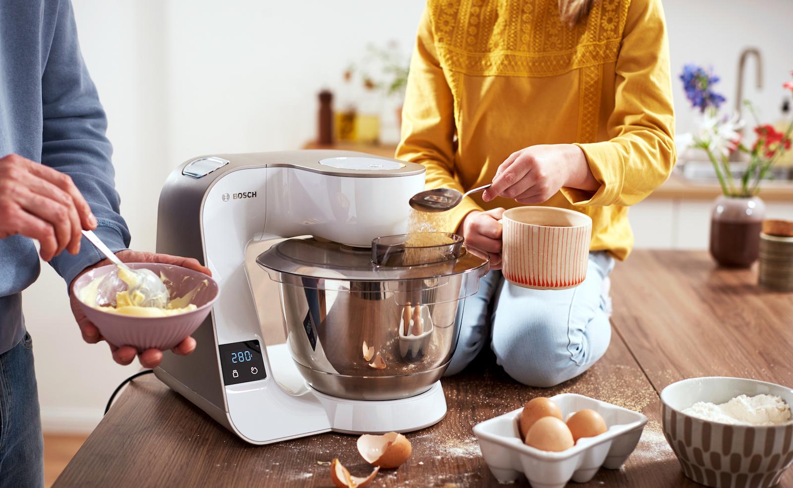 Bosch MUM 5: Die beliebte Küchenmaschine jetzt auch mit integrierter Waage