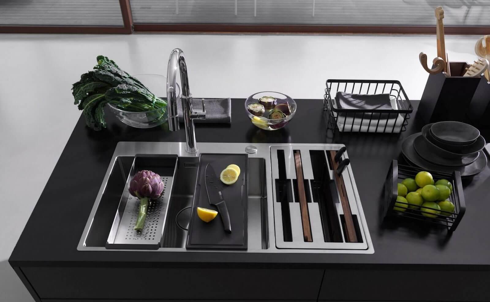 Franke Box Center: Design Edelstahlspüle mit Ordnungssystem für Küchenzubehör