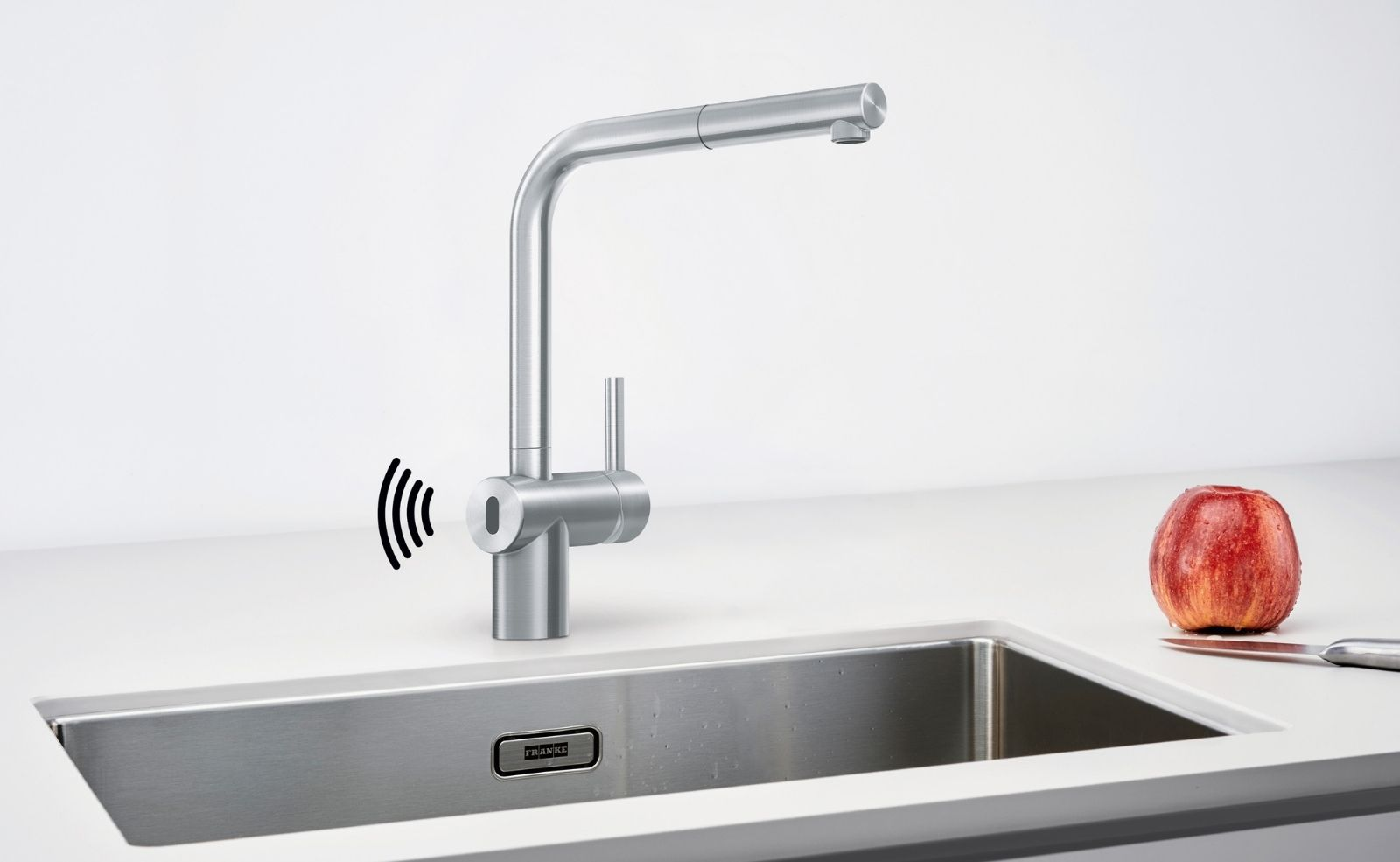 Hygienisch & pflegeleicht: Die neue berührungslose Armatur Atlas Neo Sensor